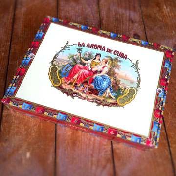 La Aroma de Cuba box The Original Cigar Box Guitar Kit